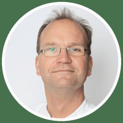 Porträtfoto Dr. med. Christoph Weinhardt